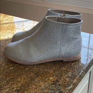 Adorable Janie and Jack glittery boots!